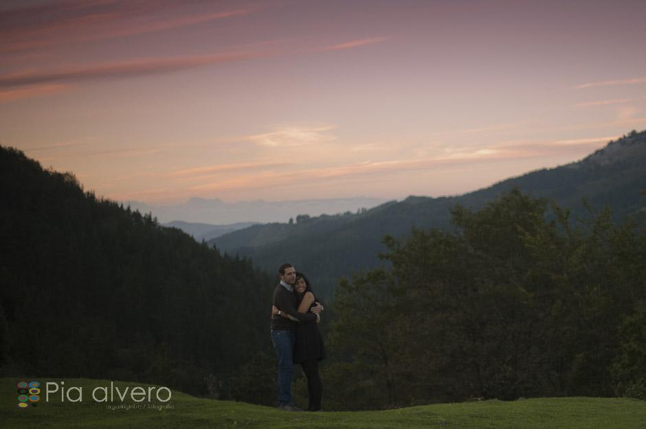 piaalvero-68Preboda en Bilbao, Bizkaia, Dima. Cerca de Bilbao, Donosti, Vitoria, y Navarra. Fotografa de bodas piaalvero.